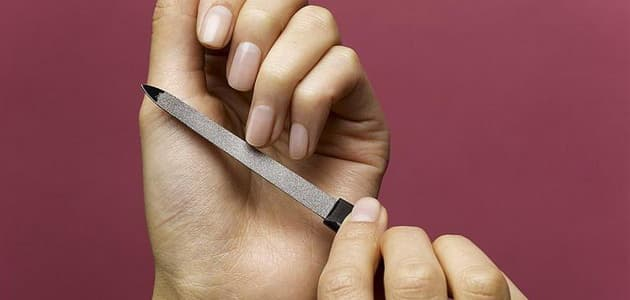 Ломка ногтей
